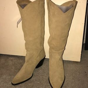 NWT Sand colored leather heeled boots